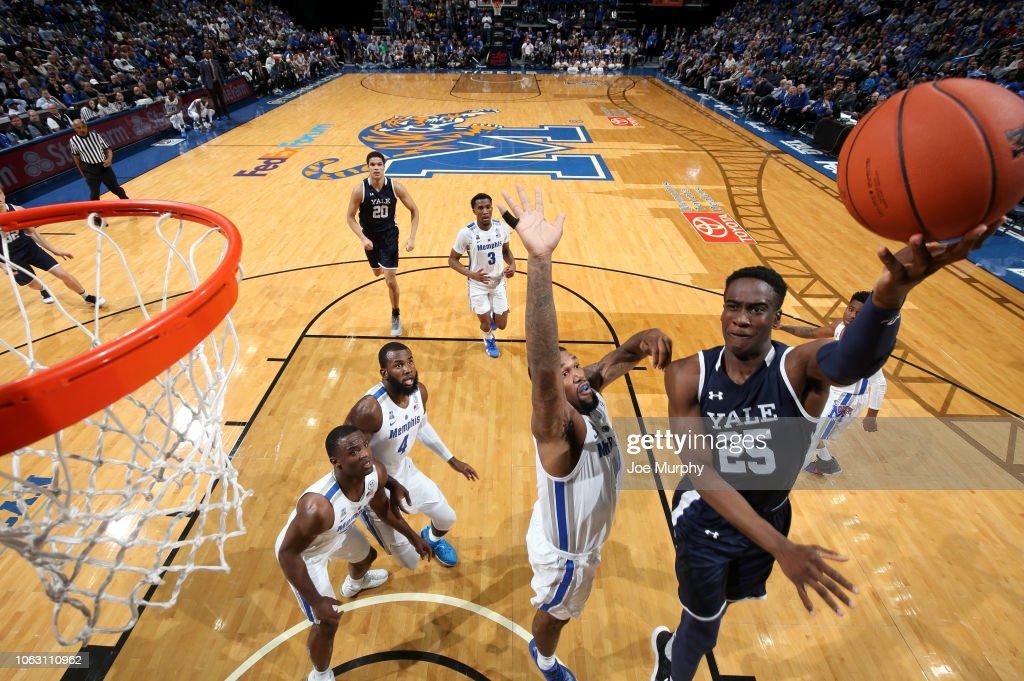 Yale v Memphis : News Photo