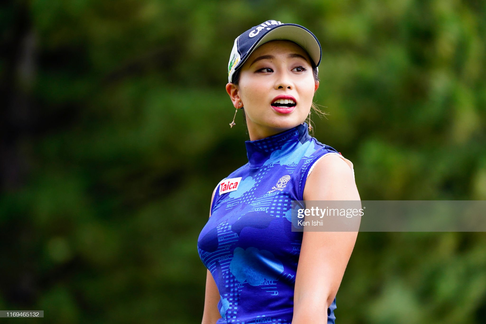 https://media.gettyimages.com/photos/miyuki-takeuchi-of-japan-reacts-after-her-tee-shot-on-the-1st-hole-picture-id1169465132?s=2048x2048