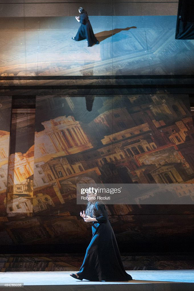 Mlada Khudoley of Mariinsky Opera performs during a photocall for 'Les Troyens' at the Edinburgh International Festival at Festival Theatre on August 27, 2014 in Edinburgh, Scotland.