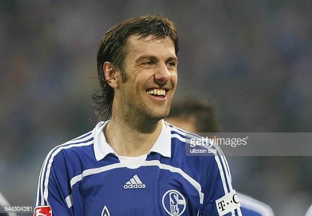 Mladen Krstajic - Abwehrspieler, FC Schalke 04, Serbien