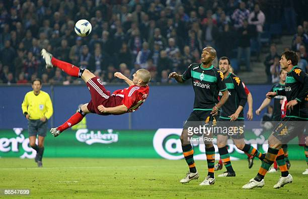 Mladen Petric of Hamburg in action during the UEFA Cup Semi Final second leg match between Hamburger SV and SV Werder Bremen at the HSH Nordbank...