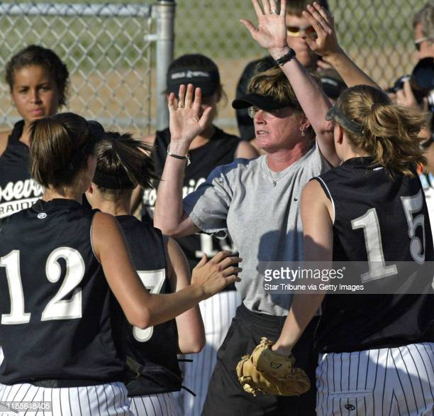 LEVISON ¥ mlevison@startribunecom 06/01/06 Assign#103828 Girls softball Section 3 Roseville vs Henry Simley Henry Simley wins game 10 IN THIS PHOTO...