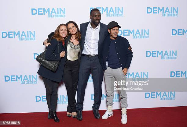 Mlissa Theuriau Helene Sy Omar Sy and Jamel Debbouze attend the Demain Tout Commence Paris Premiere at Le Grand Rex on November 28 2016 in Paris...