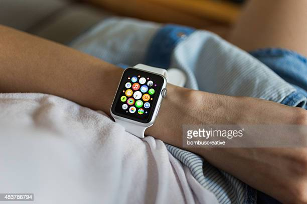 APPLE WATCH 42 mm Stainless Steel with White Sport Band