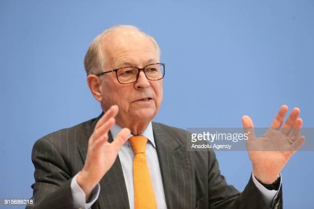 Münih Güvenlik Konferans Bakan Wolfgang Ischinger Federal Basn Merkezi'nde düzenledii basn toplantsnda bu yl 1618 ubat tarihlerinde 54'ncisi...