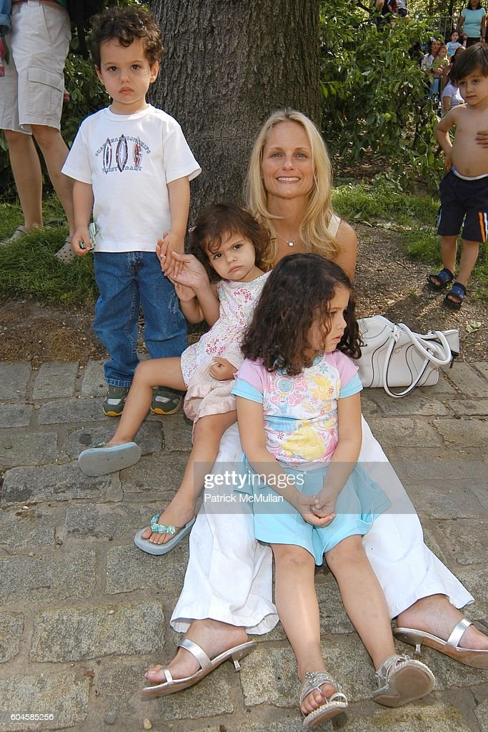 Family End Of The Year Time Capsule: Mnuchin Family Attends 170 EAST END AVE Family Celebration