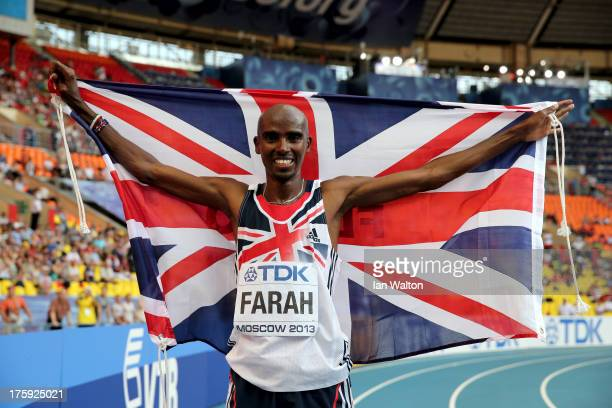 Mo Farah of Great Britain celebrates winning gold in the Men's 10000 metres final during Day One of the 14th IAAF World Athletics Championships...