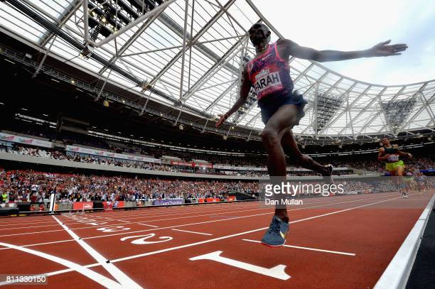 Mo Farah of Great Britain celebrates winning in the 3000m final during the Muller Anniversary Games at London Stadium on July 9 2017 in London England