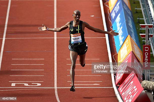 Mo Farah of Great Britain comes in to win the Men's 2 Mile race during the Sainsbury's Birmingham Grand Prix Diamond League event at Alexander...