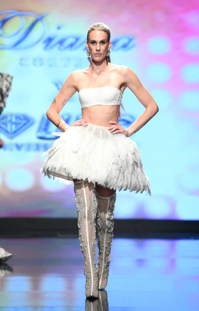CA: Diana Couture X UBS Gold At Los Angeles Fashion Week Powered By Art Hearts Fashion