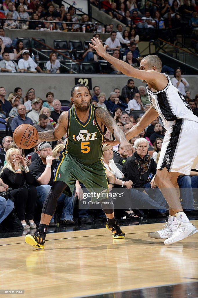 Mo Williams #5 of the Utah Jazz looks to pass the ball against the San Antonio Spurs on March 22, 2013 at the AT&T Center in San Antonio, Texas.