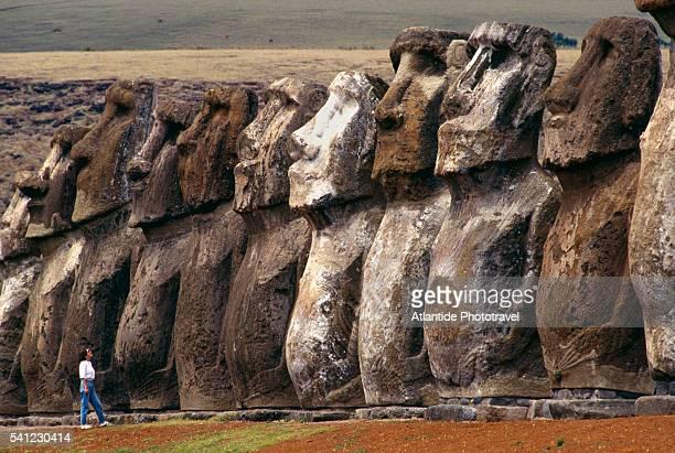 moai at ahu tongariki - easter island stock pictures, royalty-free photos & images