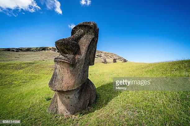 moai rano raraku easter island statue rapa nui - unesco world heritage site stock pictures, royalty-free photos & images