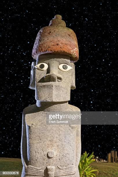 Moai, stone figure in starry sky, Ahu Tahai complex, Hanga Roa, Easter Island, Chile