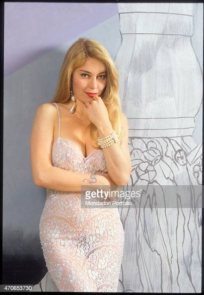 39 moana pozzi posing with a partially transparent embroidered dress news photo getty images - Video diva futura hard ...