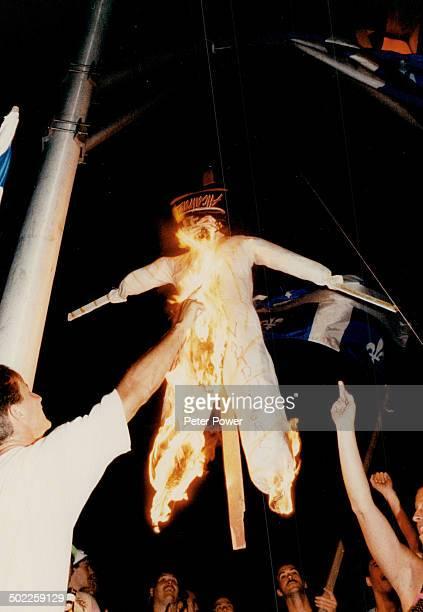 Mob Rule Chateauguay mob burned Mohawks in effigy to protest blockade of Mercier Bridge
