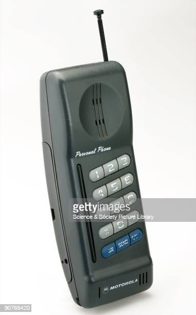Mobile cellular telephone mobile Phone manufactured by Motorola weighing approximately 075 kg