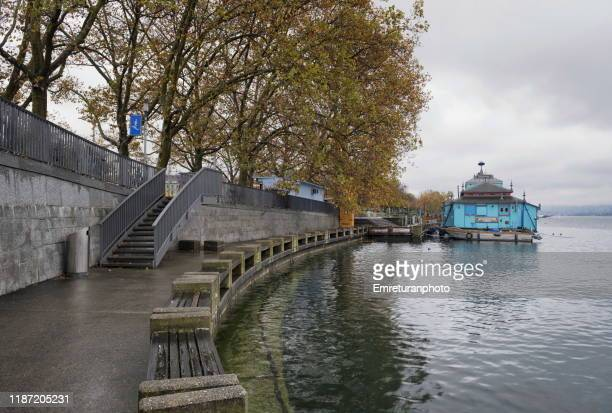 mobile theater anchored on the left shore of zurich lake. - emreturanphoto stock pictures, royalty-free photos & images