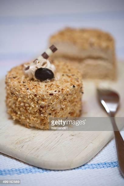 Mocha cream tartlets with crocant