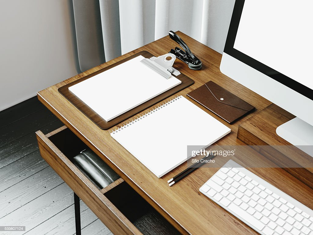 Mock up of generic design computer screen and workspace. 3D rendering : Foto stock