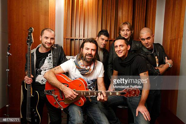 Modà and Jarabe de Palo during a photo shooting at the RTL 1025 recording studios for the making of the video of the song Come un pittore Cologno...
