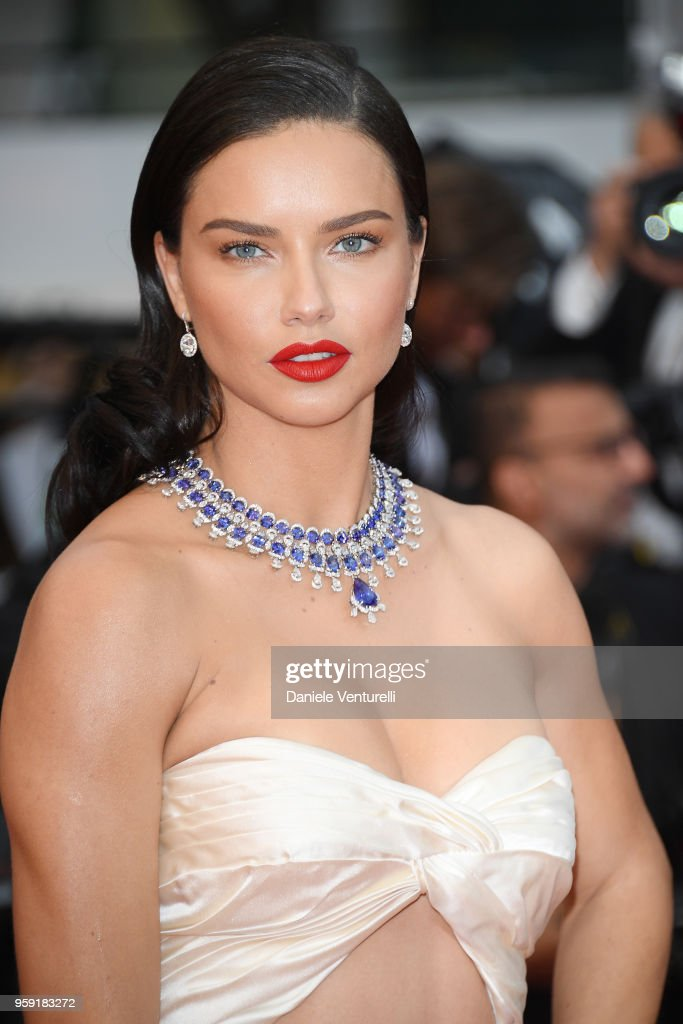 """Burning"" Red Carpet Arrivals - The 71st Annual Cannes Film Festival"