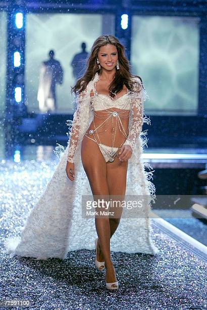 Model Adriana Lima walks the runway during the Victoria's Secret Fashion Show held at the Kodak Theatre on November 16 2006 in Hollywood California...