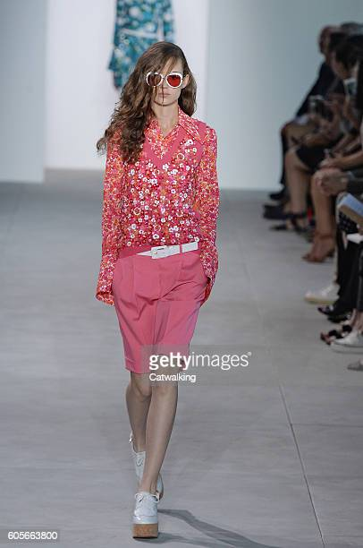 Model Adrienne Jueliger walks the runway at the Michael Kors Spring Summer 2017 fashion show during New York Fashion Week on September 14 2016 in New...