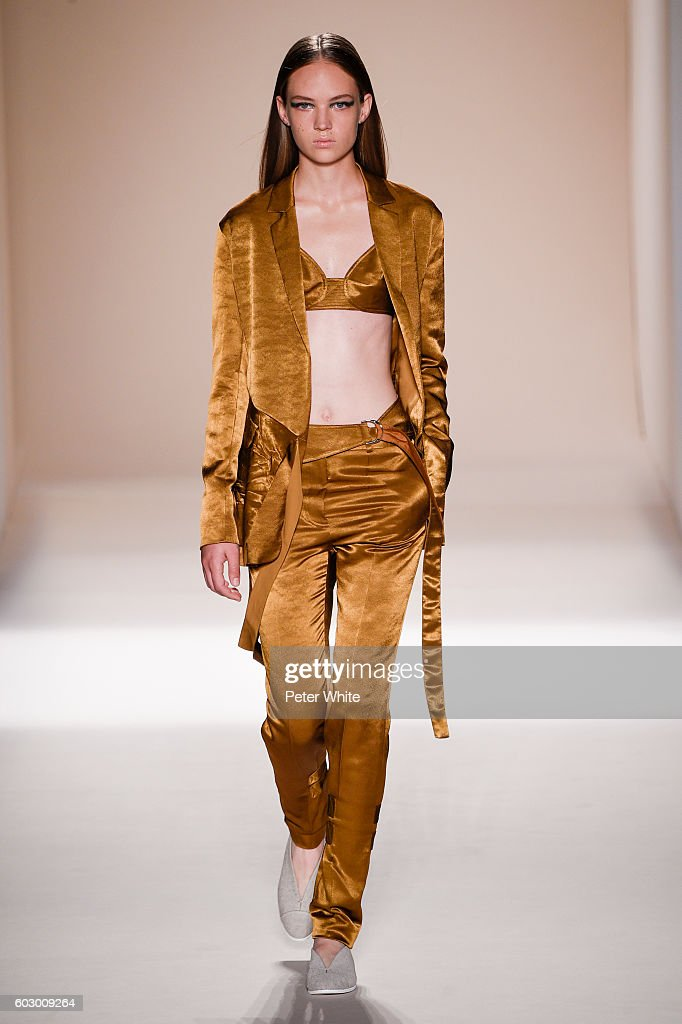 Model Adrienne Jueliger walks the runway at the Victoria Beckham Women's Fashion Show during New York Fashion Week on September 11, 2016 in New York City.