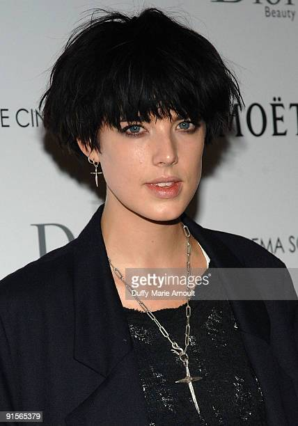Model Agness Deyn attends a screening of 'An Education' hosted by The Cinema Society and Dior Beauty at the Crosby Street Hotel on October 7 2009 in...