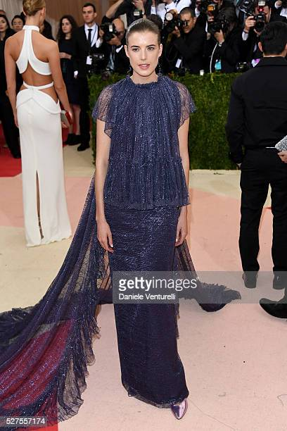 "Model Agyness Deyn attends the ""Manus x Machina: Fashion In An Age Of Technology"" Costume Institute Gala at Metropolitan Museum of Art on May 2, 2016..."
