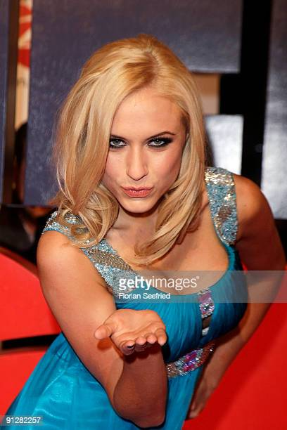 Model Alena Gerber attends the premiere of 'Maennerherzen' at CineMaxx at Potsdam Place on September 30 2009 in Berlin Germany