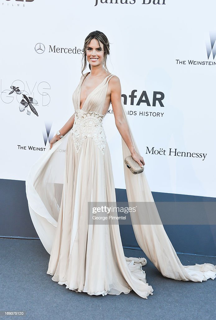 Model Alessandra Ambrosio arrives at amfAR's 20th Annual Cinema Against AIDS at Hotel du Cap-Eden-Roc on May 23, 2013 in Cap d'Antibes, France.