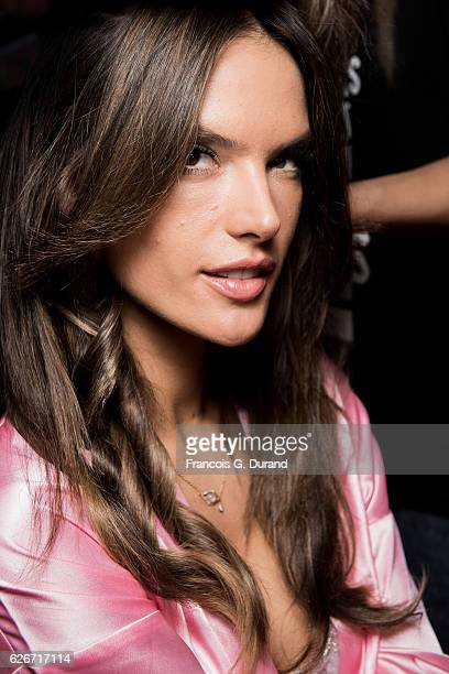 Model Alessandra Ambrosio poses backstage prior the 2016 Victoria's Secret Fashion Show on November 30 2016 in Paris France