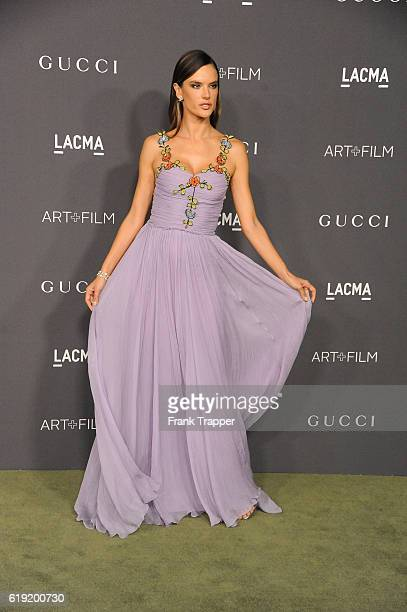 Model Alessandra Ambrosio wearing Gucci attends the 2016 LACMA Art Film Gala Honoring Robert Irwin and Kathryn Bigelow at LACMA on October 29 2016 in...