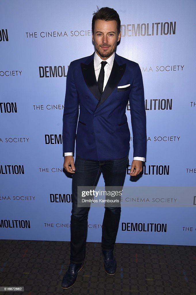 Model Alex Lundqvist attends a screening of 'Demolition' hosted by Fox Searchlight Pictures with the Cinema Society at the SVA Theater on March 21, 2016 in New York City.
