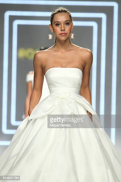 Model Alexis Ren walks the runway for the Rosa Clara bridal new collection during the 'Barcelona Bridal Fashion Week 2016' at Fira Montjuic on April...