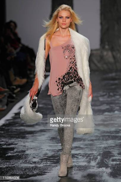 Model Aline Weber walks the runway at Miss Sixty during MercedesBenz Fashion Week Fall 2009 at The Tent in Bryant Park on February 15 2009 in New...