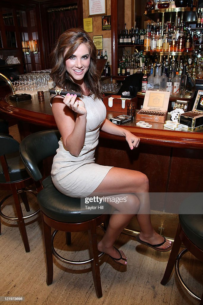 millionaire dating new york Millionaire club dating service - is the number one destination for online dating with more dates than any other dating or personals site join the leader in online dating services and find a date today.