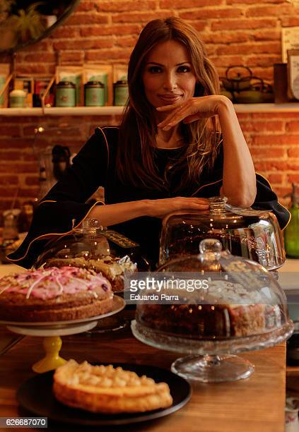 Model Almudena Fernandez attends the 'Soulbask Jewellery Charity Rings' presentation at Bumpgreen restaurant on November 30 2016 in Madrid Spain