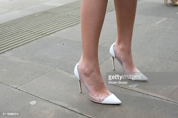 Model Amber Le Bon wears Gianvito Rossi shoes on day 3 during London Fashion Week Autumn/Winter 2016/17 on February 21 2016 in London England