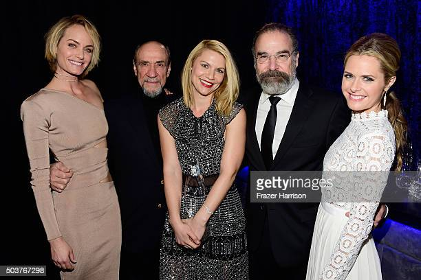 Model Amber Valletta actors F Murray Abraham Claire Danes and Mandy Patinkin and Maggie Lawson pose with the award for Favorite Premium Cable TV Show...