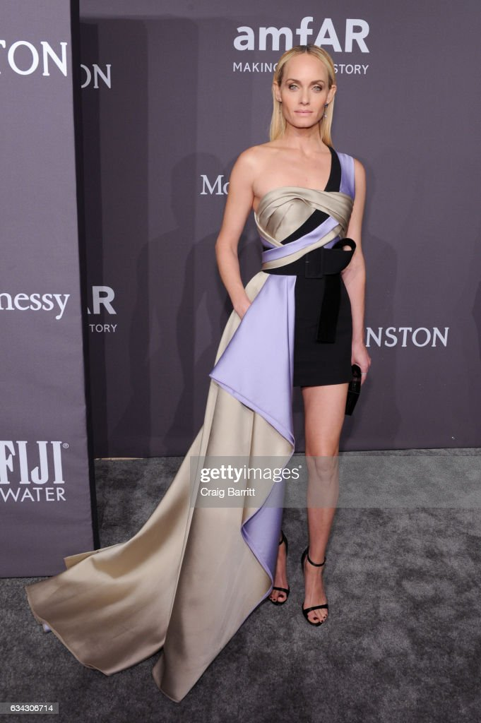 Model Amber Valletta attends the amfAR New York Gala 2017 sponsored by FIJI Water at Cipriani Wall Street on February 8, 2017 in New York City.