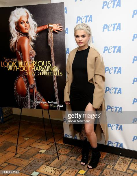 Model Amina Blue Unveils New PETA Campaign at West Side YMCA on March 30 2017 in New York City