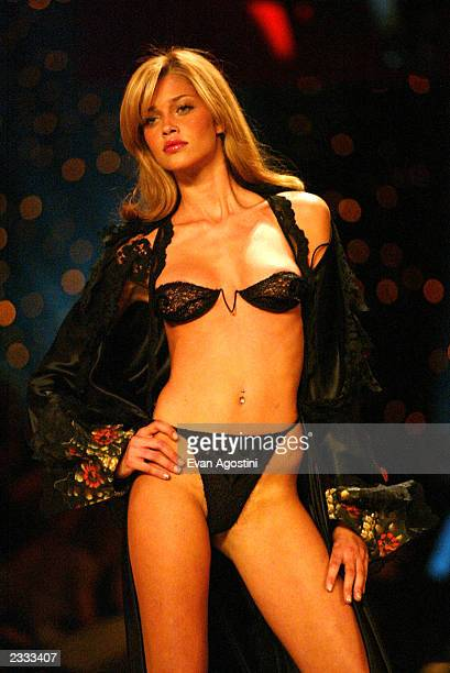 Model Ana Beatriz walks the runway at the 2002 Victoria's Secret Fashion Show at Lexington Avenue Armory in New York City November 14 2002 Photo by...