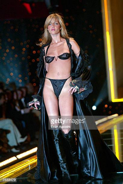 Model Ana Beatriz walks the runway at the 2002 Victoria's Secret Fashion Show at Lexington Avenue Armory in New York City November 14 2002 Photo by...