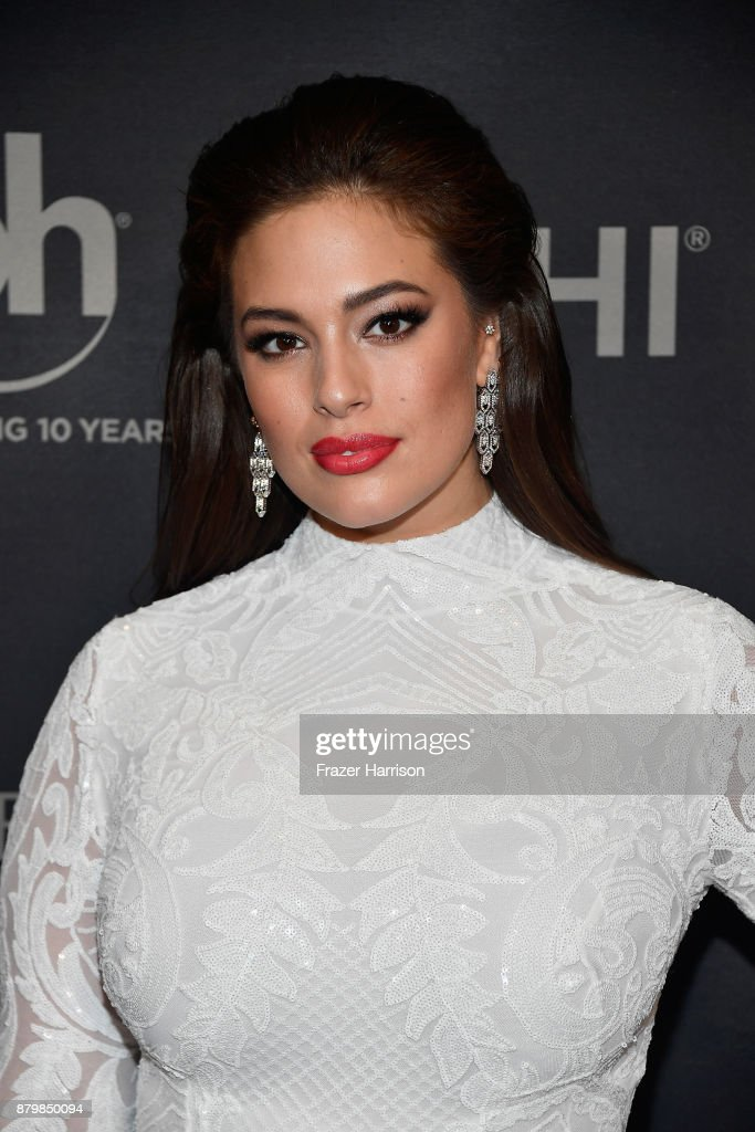 Model and backstage host Ashley Graham attends the 2017 Miss Universe Pageant at Planet Hollywood Resort & Casino on November 26, 2017 in Las Vegas, Nevada.