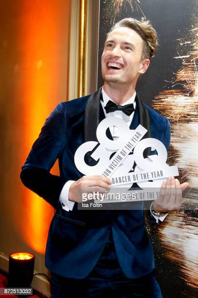 Model and influencer Simon Lohmeyer attends the GQ Men of the year Award 2017 after show party at Komische Oper on November 9 2017 in Berlin Germany