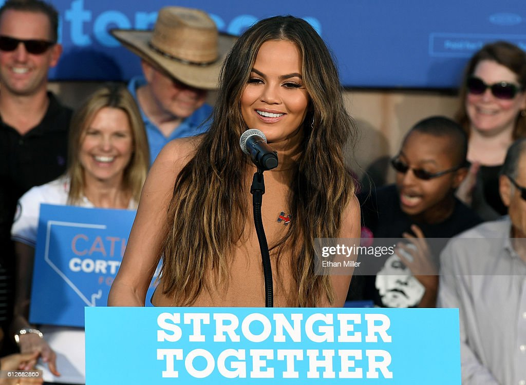 Model and television personality Chrissy Teigen speaks at a campaign event with U.S. Sen. Elizabeth Warren (D-MA) at The Springs Preserve on October 4, 2016 in Las Vegas, Nevada. Warren and Teigen are campaigning for Democratic presidential nominee Hillary Clinton and former Nevada Attorney General and U.S. Senate candidate Catherine Cortez Masto.