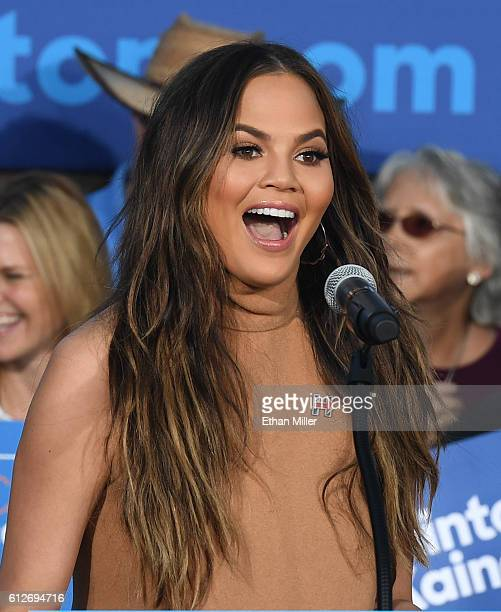 Model and television personality Chrissy Teigen speaks at a campaign event with US Sen Elizabeth Warren at The Springs Preserve on October 4 2016 in...